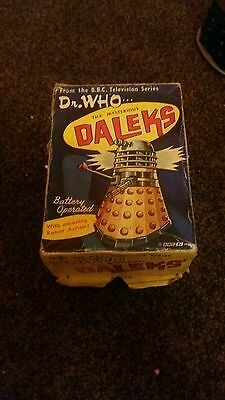 ORIGINAL 1960s MARX BATTERY OPERATED BLACK DALEK DR WHO WITH BOX