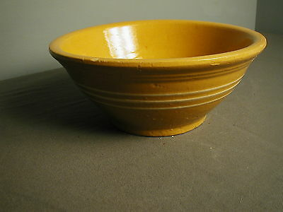 "VINTAGE MUSTARD COLORED MIXING BOWL - YELLOW WARE - 9 3/4"" W X 4"" H - pp"