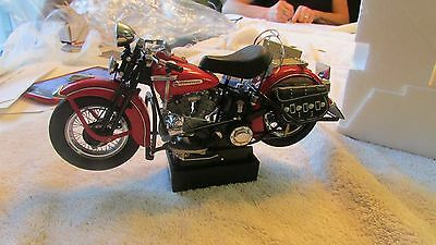 Franklin Mint Harley Davidson 1948 RED PANHED ROAD RALLY EDITION  die cast 1:10