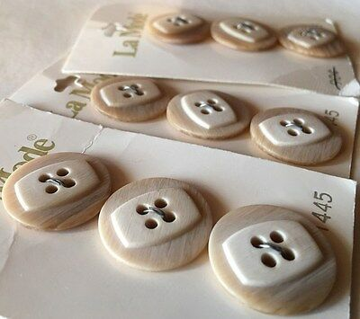 """9 VINTAGE RETRO Lucite Tan  BUTTONS 3/4"""" NEW OLD STOCK La Mode carded Italy"""