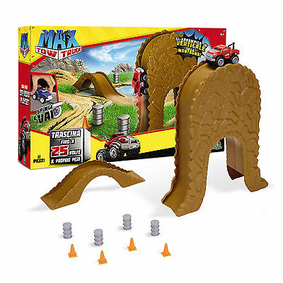 Max Tow Off-Road Playset