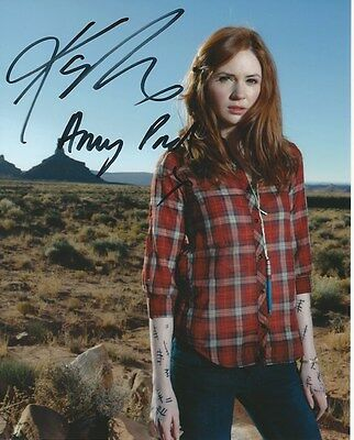 Karen Gillan Doctor Who Hand Signed Autographed Photo Uacc Rd288