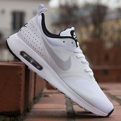 Nike Air Max Tavas Men's UK Size 6 Trainers Running/Gym Brand New Boxed