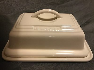 Le Creuset Butter Dish In Cream/Almond