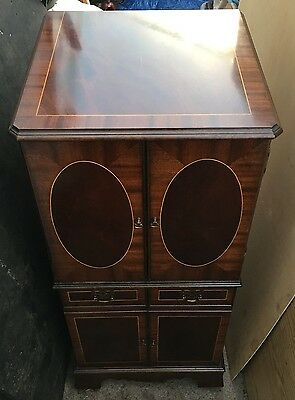 Stunning wooden vintage Music cabinet or drinks chest ? interior desiners dream