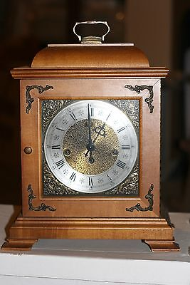 HAMILTON Westminster Chime Mantle German Clock Wind-Up Key Model 340-020A