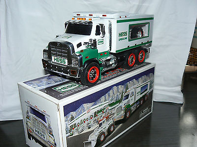 2008 Hess Toy Truck and Front Loader w/ Lights Sound Flashers Mechanical Bucket