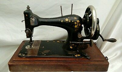 Antique Victorian 1893 Singer Sewing Machine Case and accessories