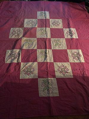 """Beautiful Antique Hand Sewn  Quilt Approx 86"""" X 73"""""""
