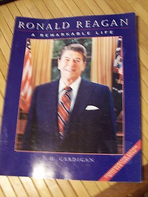 Ronald Reagan : A Remarkable Life by Jim Cardigan (1995 Commemorative Edition)