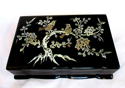 Lacquer Inlaid Mother of Pearl Birds & Flowers, Jewelry Wood Box, Vintage Korea