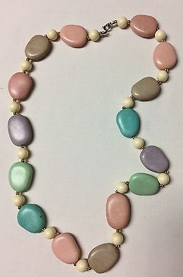 Vtg Pastel Plastic Stone Design Necklace Colour Stones Pink Green White Beads