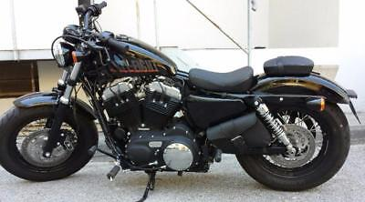 Sacoche latérale en Cuir Big Fermeture (Pour HD Sportster iron forty nighster )