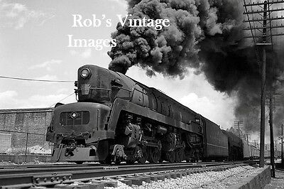Pennsylvania Railroad T-1 Sharknose 6118 photo Steam Locomotive Train 1940s