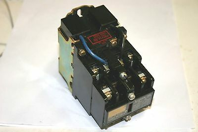 Allen Bradley® 120V-60 CY. AC Relay--Latch Type--4 Position--NO (700-NM400A1)