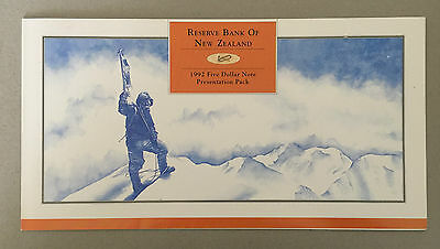 1992 New Zealand $5 Uncut Block 4 Notes UNC RBNZ Folder P. 177 Only 6000 Issued