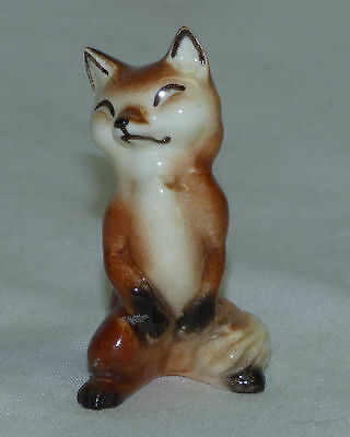 Vtg 1950's Hagen Renaker Miniature Mama Fox Figurine Sitting Up w/ Outlined Ears
