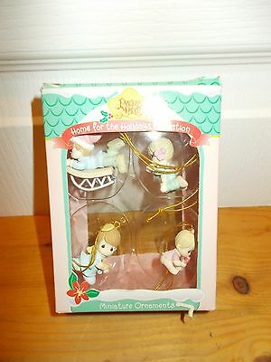 PRECIOUS MOMENTS: Miniature Ornaments HOME FOR THE HOLIDAYS COLLECTION 1996