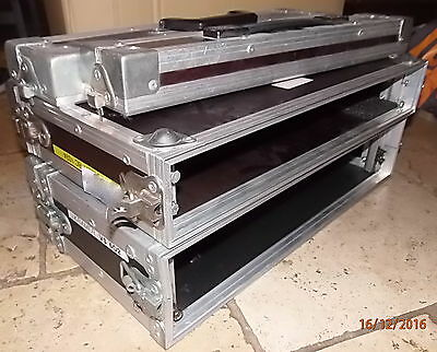 1 Rack Audio / Video Flight Case 1 U Bois + 1 Rack 2 U