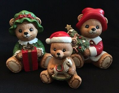 Vintage Set of 3 Homco Christmas Bear Family Figurines  5175