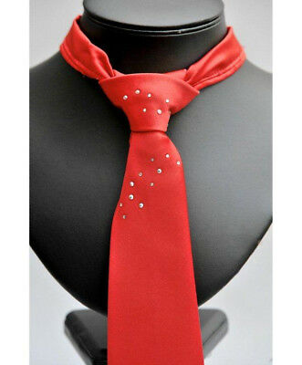 Show Quest Tie Ready Tied C/W Crystals - Rider Wear