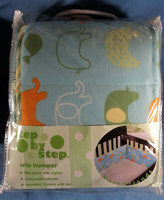 Step By Step Crib Bumper Best Friends/Z012, Machine Washable 100% Polyester, New