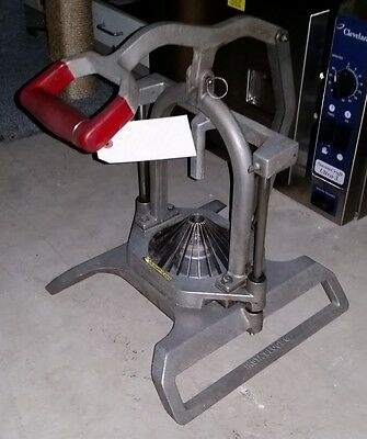 Lincoln Redco Insta Bloom Vegetable Onion Wedge Slicer Cutter