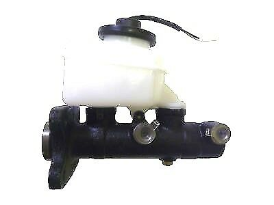 Toyota Hilux Brake Master Cylinder Ln106,ln107,rn105,rn106,rn110 Up To 8/93