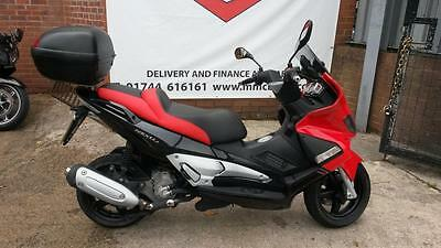 2006/56 Gilera Nexus 250 SP Scooter - Low mileage and excellent condition