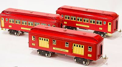 Lionel Classics Set of 3 Red Passenger Cars 323 Pullman, 324, 325 with boxes