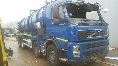 2009 Volvo FM 8x4 Whale Tanker. Accident damaged.
