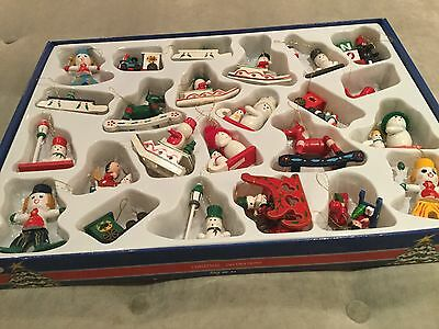 VINTAGE MINIATURE WOODEN CHRISTMAS TREE ORNAMENTS HOLIDAY HOME DECOR 24 Pieces
