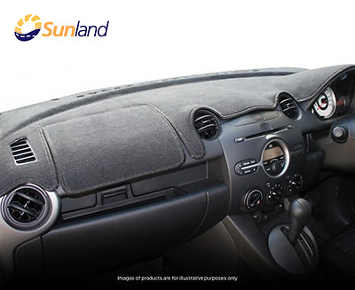 Sunland Dashmat fits MITSUBISHI PAJERO (NL/NM - 9/97 to 10/02) - Charcoal