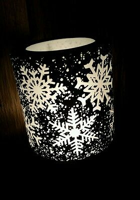 SOLD OUT HTF Scentsy Falling Snowflakes Winter Christmas Nightlight Warmer