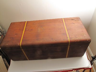 Vtg Antique Wood Blanket Chest Trunk Rounded Coffee Table Bench Red Yellow