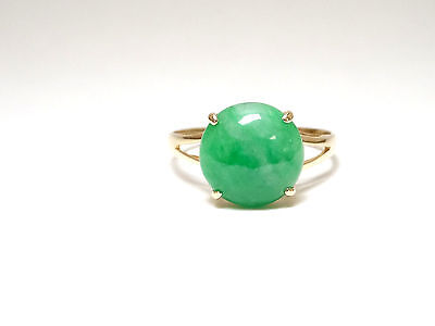 Ladies Green Jade Ring Round Cut Solid 14k Yellow Gold    Size 7