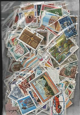 Italy Kiloware off paper 50gms fine used excellent selection 150+ stamps