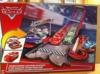 DISNEY CARS  - Transforming Lightning McQueen - Story Sets - Combined Postage