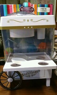 Nostalgia Electrics Vintage Collection Snow Cone Maker SCM502 White  USED (JL)