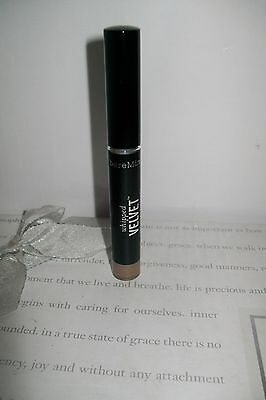 bareMinerals whipped velvet long wear eyecolour  ' Opulent Taupe ' new & unboxed