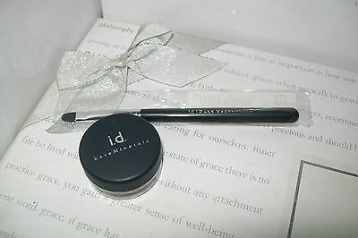 bareMinerals liner shadow ' Sure Thing ' 0.28g &  liner brush both new & sealed