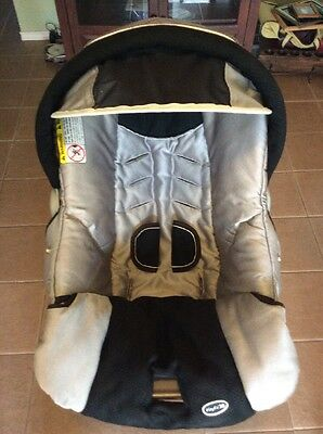 CHICCO Keyfit 30 Infant Car Seat Cushion Cover Canopy Set Black Silver Metallic