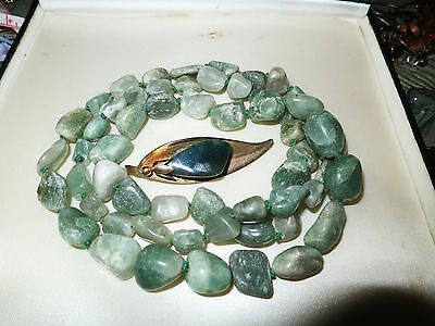 Lovely vintage Scottish Connemara marble necklace and agate brooch