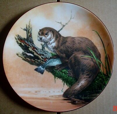 Wedgwood Collectors Plate OTTER AT DUSK From THE WATERS EDGE
