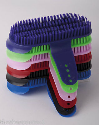 Rhinegold Harlequin Large Plastic Curry Comb Brush Grooming Assorted Colours