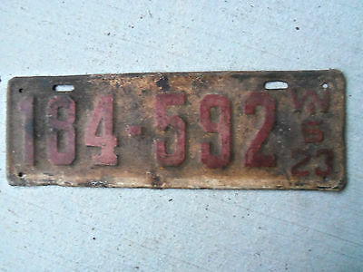 1923  Wisconsin License Plate  origonal paimt 1923  Ford  ? 1923  Buick ?