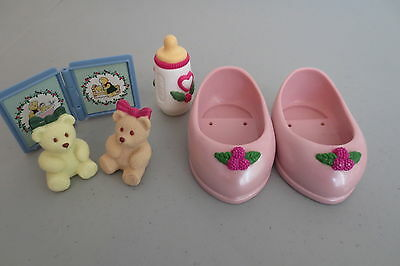 Fisher Price Briarberry Bears Accessories Shoes Frame 2 Bears Bottle Lot A18
