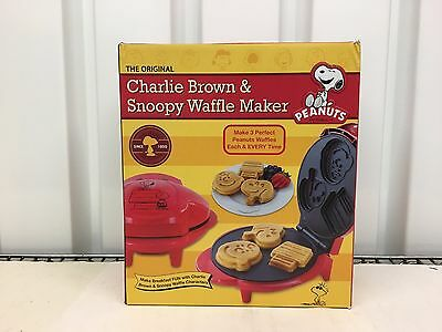 CVS Peanuts Charlie Brown & Snoopy Waffle Maker  New in box