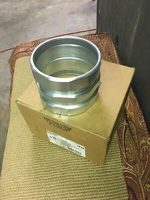 """New Hubbell Raco 1836 4"""" rigid/emt conduit Compression Threadless coupling"""