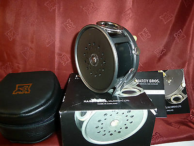 """HARDY PERFECT 4 1/4"""" FLY FISHING REEL RIGHT HAND WIND w/ LINE GUARD - BRAND NEW"""